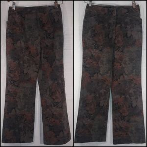 Nygard  collection straight leg fall floral patter